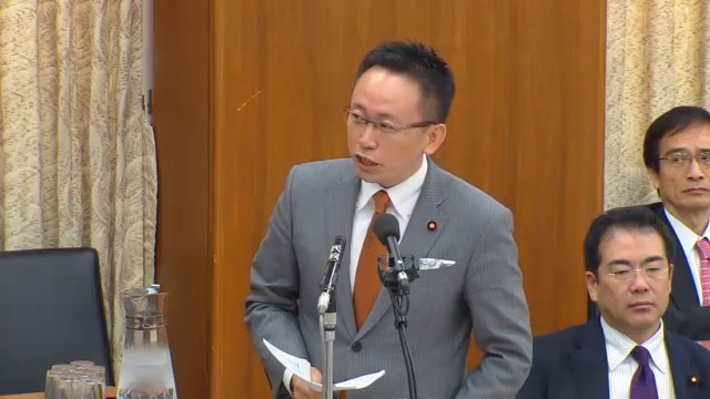 「ネット選挙」の法案審査にて質疑