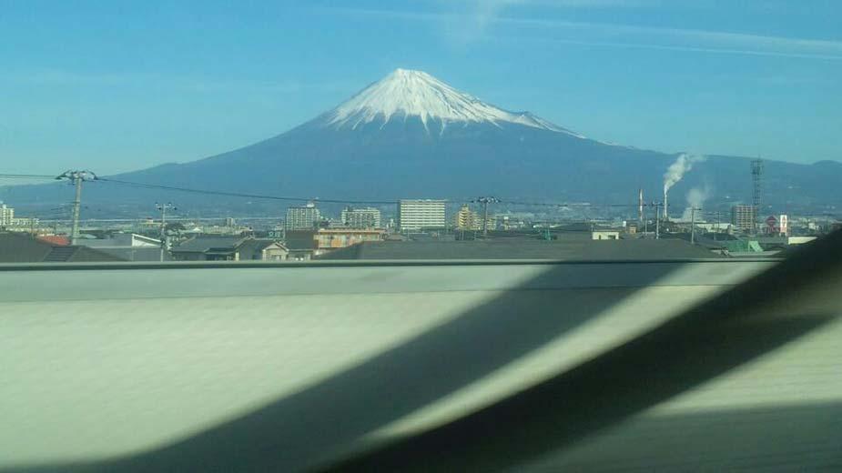 富士山が新幹線からはっきり見えました