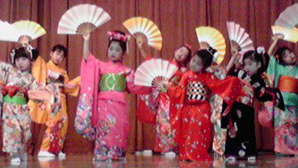 伝統文化こども教室を視察