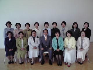 岐阜県下の女性議員の皆様との一枚
