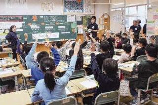 きめ細かな教育実現へ/小学校1クラス35人/来年度から5年で移行